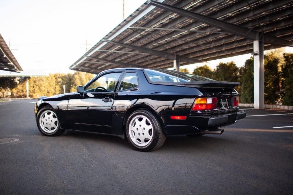 1991 Porsche 944 S2 Profile