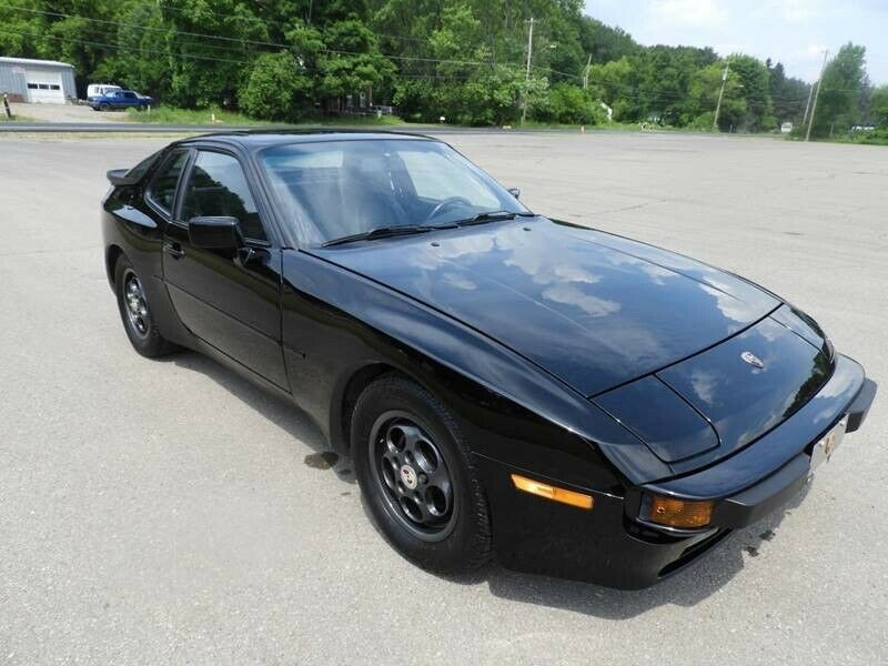 1988 Porsche 944 S Black